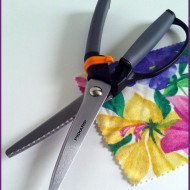 Finding Left Handed Pinking Shears